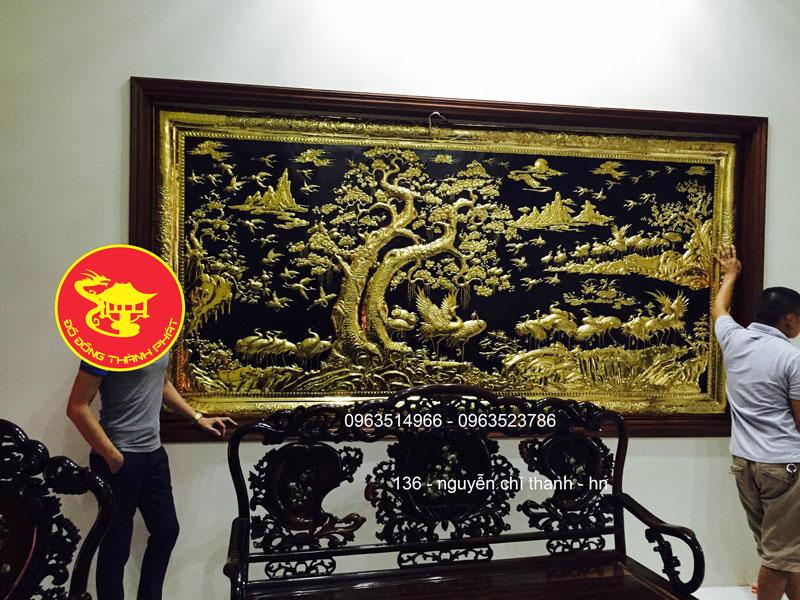 Tranh Đồng Bách Hạc quần Tùng mạ vàng 24 k