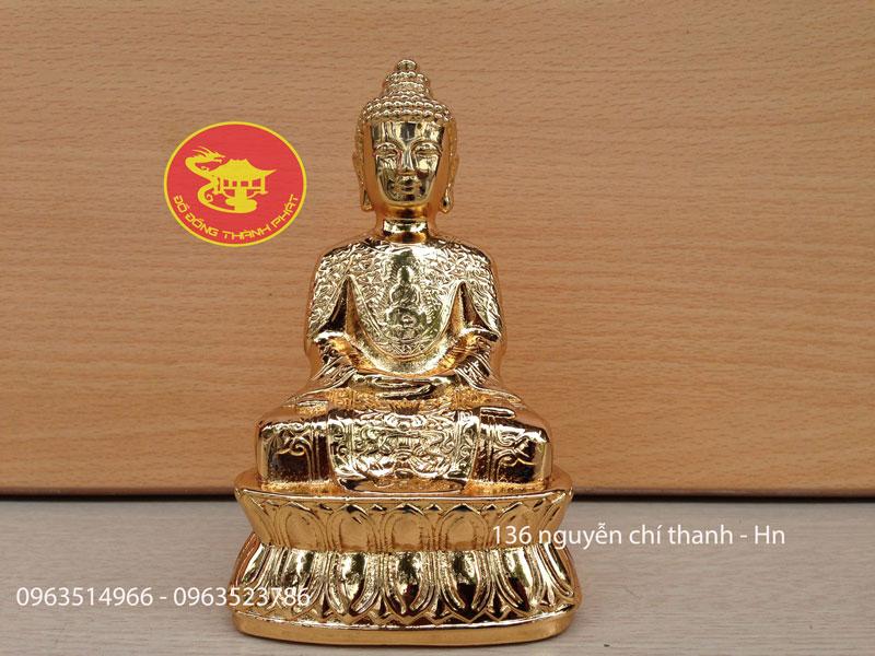 Tượng Phật Để Ô Tô
