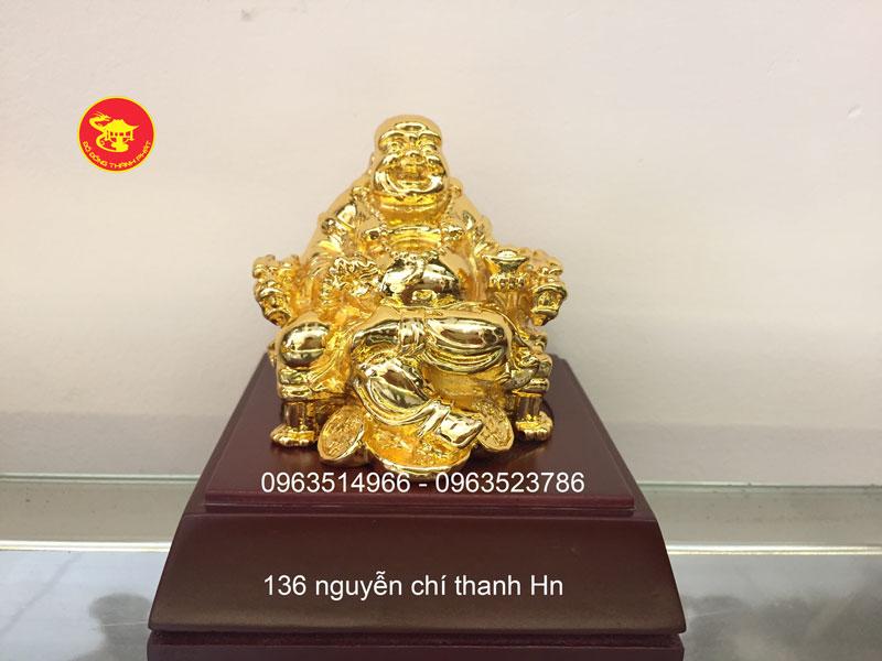 Tượng Phật Di Lạc Cười Ngồi Ngai Để Ô Tô